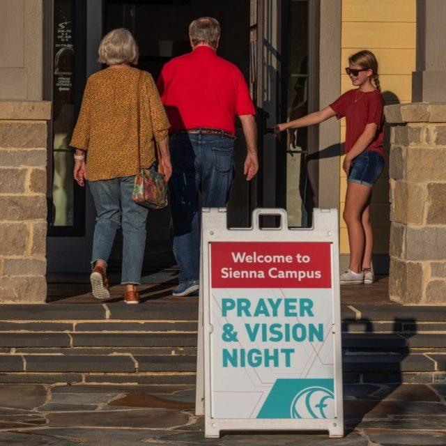 Gallery Kainos Prayer And Vision Night 0018