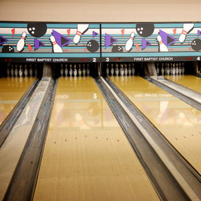 Lp Frc Parties Bowling Alley